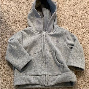 Gap zip up hoodie size 3-6 month
